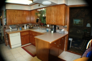solid-ground-kitchen-before-pics-westlake-oh-2012